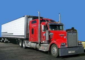 Kenworth_W900_semi_in_red